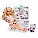 Nancy - Un día de belleza, muñeca de pelo rizado con un tocador de maquillaje y peinados, juego con accesorios y pegatinas para decorar, recomendado a partir de 3 años, FAMOSA (700015787)