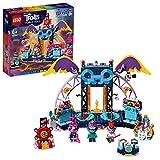LEGO Trolls - Concierto en Volcano Rock City, Juguete de Construcción con Escenario y Minifiguras de Poppy, Branch y Barb, Incluye Guitarras de Juguete, a Partir de 6 Años (41254)
